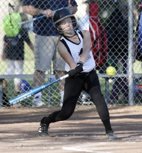 Killer Panda batter Sarah Lagattuta takes a swing during a DYSA 10U game earlier this season. Last week, the Pandas got a nice 16-7 victory over the Pink Crush. Fred Gladdis/Enterprise file photo